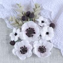 Набор из 6 цветков размером 5 см, 4 см и 2,5 см, 5 ягодок и 4 веточки эвкалипта
