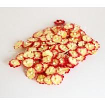 Цветочки маленькие 1 см - желтый+красный 501 1 шт