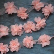Цветы шифоновые - лососевые, 1 шт., диаметр 5 см.