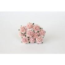 Mini розы 1,5 см - Розовоперсиковые светлые 124диаметр розы 1,4-1,5 см высота цветка 0,6 - 0,7 см длина стебля ок 5 см, 1 шт.