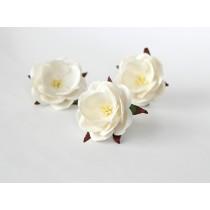 Дикие розы - Белые диаметр ок. 4.5-5 см высота ок. 1.5 см длина стебля ок. 2 см, 1 шт
