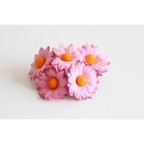 Ромашки Розовые 3,5 см 1 шт ок. 3,5 см  сердцевины ок. 1 см длина стебля 6 см