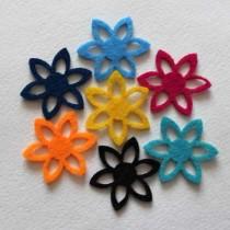 Набор вырубок из фетра цветы №10