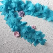 Лента с шифоновыми лепестками голубая, отрез 10 см
