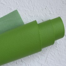Отрез кожзама на тонкой тканевой основе 50х35 см., зеленый