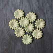 Лепесток маргаритки 2,5 см - светло зеленый, 1 шт