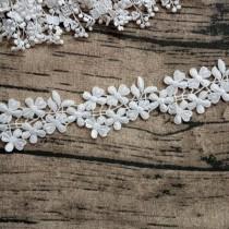 """Кружево """"6 цветочков и листок"""" ширина 5 см , белое (ближе к молочному), отрез 45 см"""
