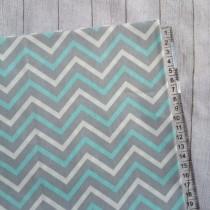 "Ткань ""Бело-голубой зигзаг на сером"", размер 40х50 см, 100% хлопок"