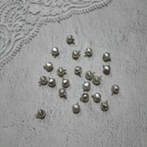 Бубенчики, набор 5 шт, размер 1 шт 0,6 см, цвет серебристый