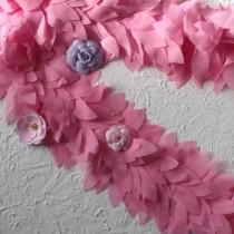 Лента с шифоновыми лепестками розовая, отрез 10 см