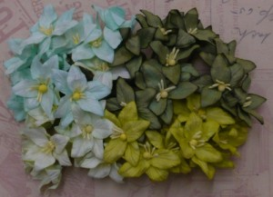 Лилии  30мм - MIXED GREEN MULBERRY PAPER LILY FLOWERS 1шт